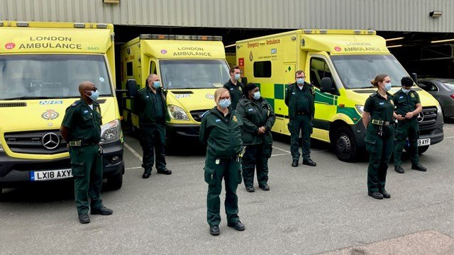 London Ambulance Service joined a minute's silence to remember those who  lost their lives during the pandemic - Harrow Online